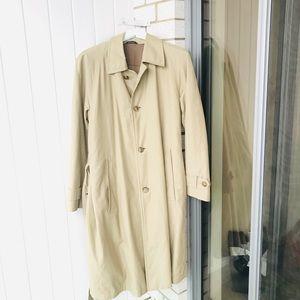 Hugo boss trench coat size 38R